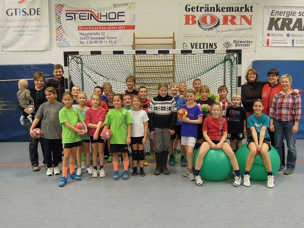 Abschlussbericht 2013/14 weibl. E-Jugend